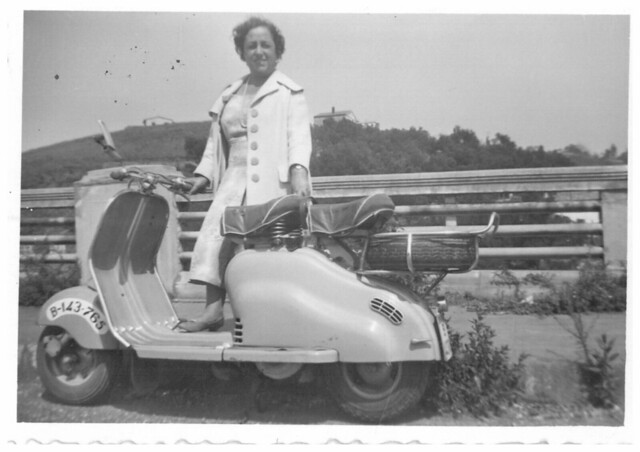 ENCARNACION VIDAL MORALES, LAMBRETTA 1957
