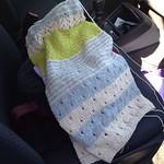 Il tricot da viaggio e da attesa #instaknit #instaknitters #igknitters#ameliabefana #chachemire #yarn #kniy #knitting #fattoamano #handmade #ravelry #jojilocatelli