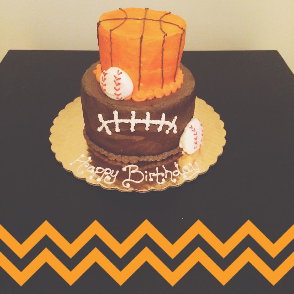 Enjoyable Sports Cake By Brittany Pittsburgh Pa Birthdaycakes Flickr Funny Birthday Cards Online Alyptdamsfinfo