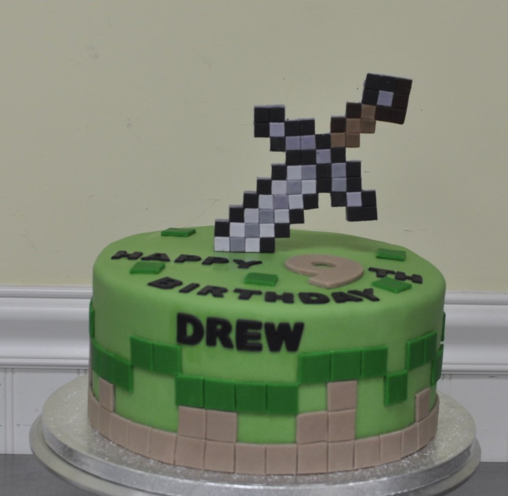 Minecraft Birthday Cake Photos
