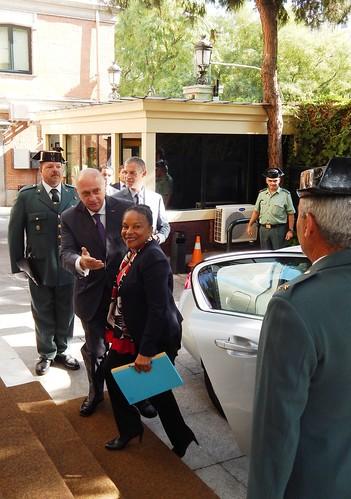 El ministro del interior de espa a jorge fern ndez d az for Ministerio del interior espana