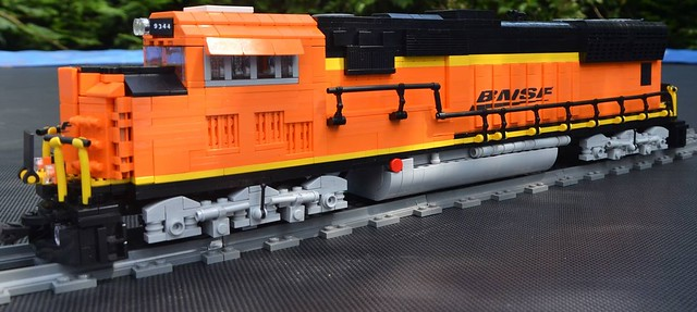 MOC BNSF SD-70 - LEGO Train Tech - Eurobricks Forums