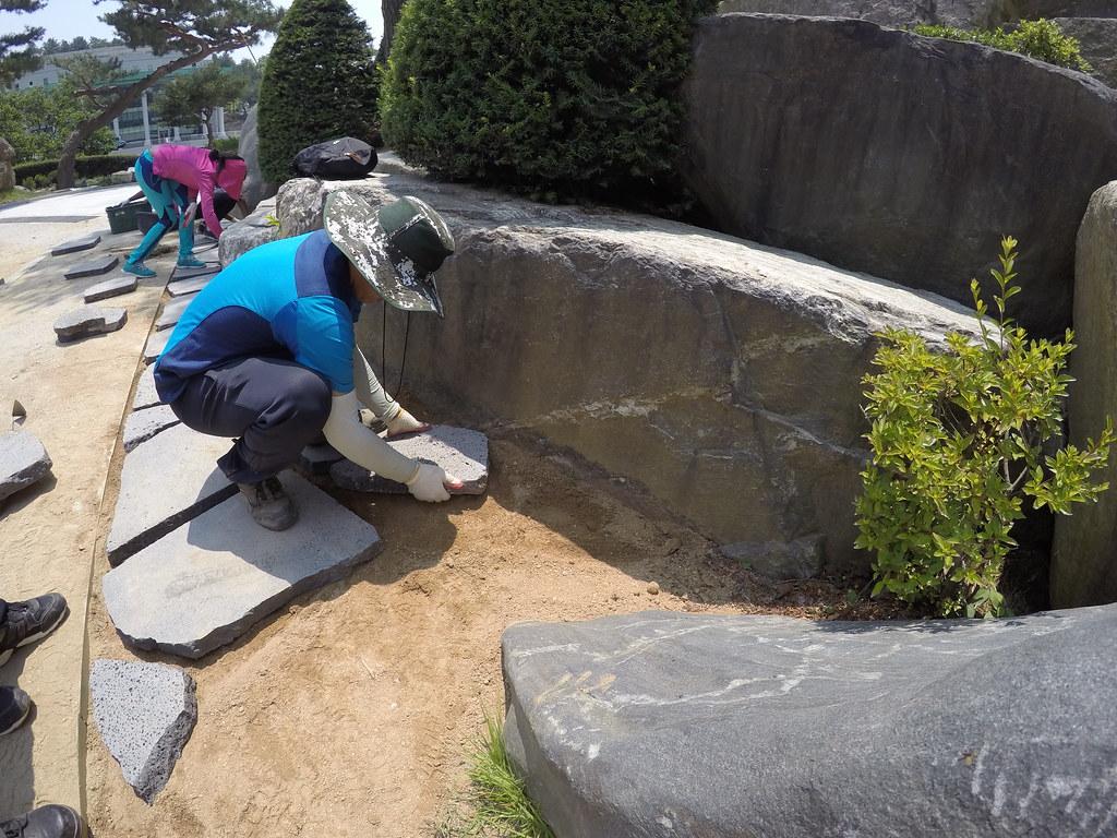 鄭明析月明洞自然聖殿攝理