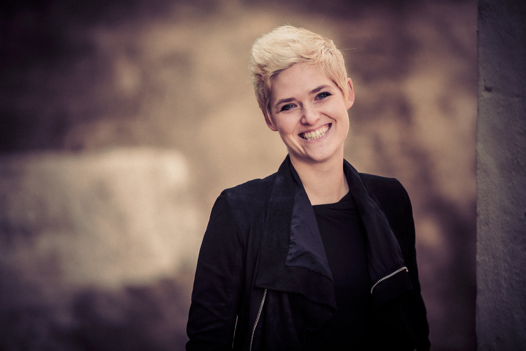 Amber Case- Cyborg Anthropologist: Headshot Vignette | Flickr