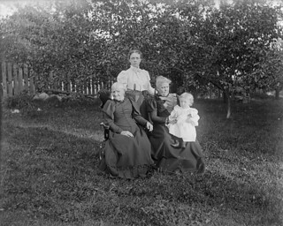 Four generations, 1898 / Quatre générations, 1898 | by BiblioArchives / LibraryArchives