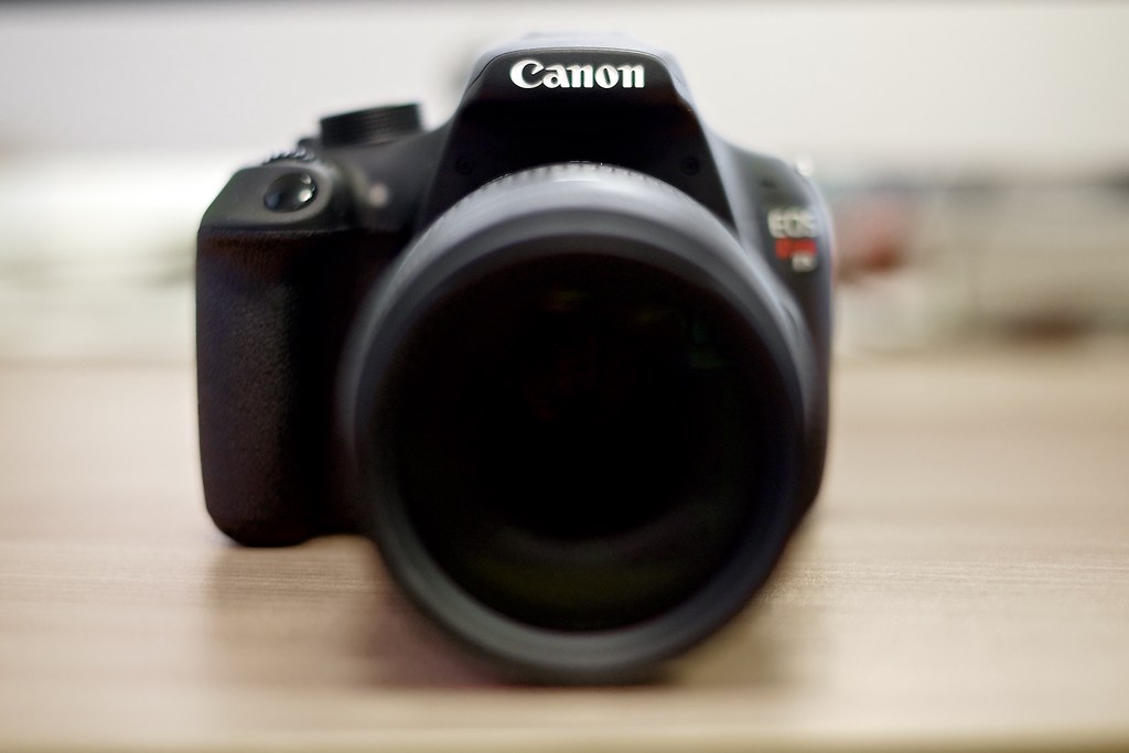 Canon EOS Rebel T5 (1200D)