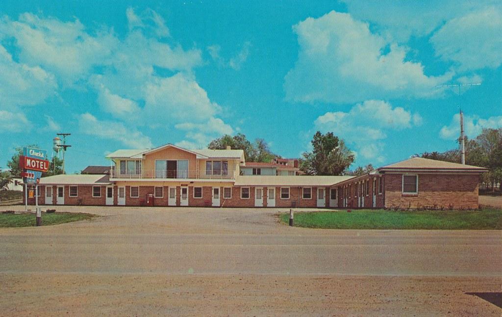 Chuck's Motel - Murdo, South Dakota