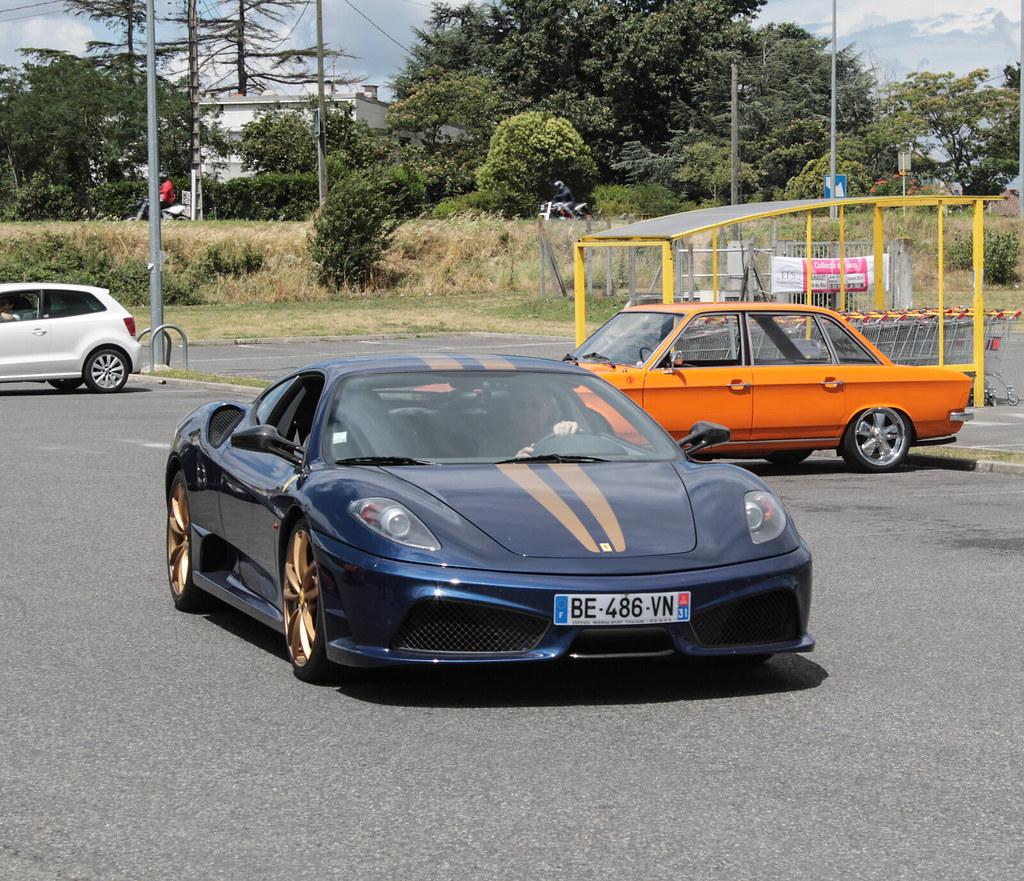 Cenário 3d Ferrari F430 Modelo 3d: Ferrari F430 Scuderia à Launaguet