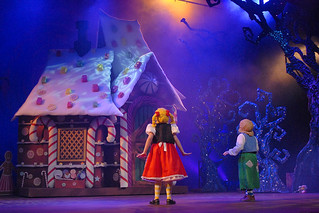 Hansel And Gretel The Musical Philippine Reperto | by dewilsurvduanebacon