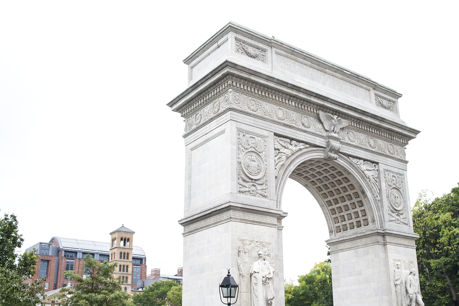 08nyc-newyork-washingtonsquarepark-travel-diary-architecture-style