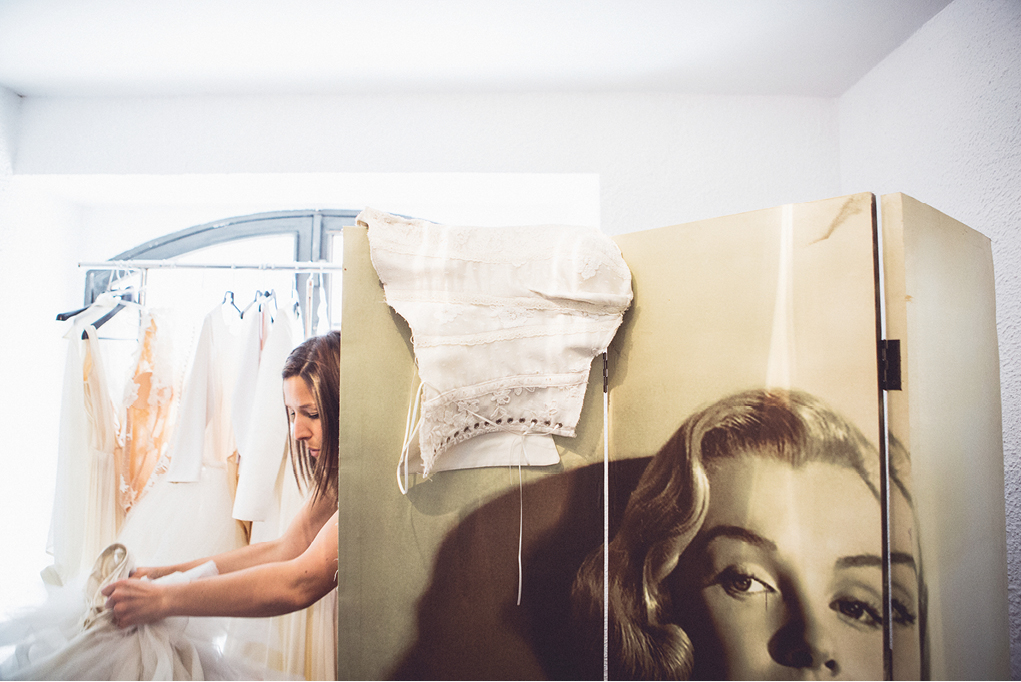 montse_prueba_vestido_ramon_herrerias_bride_novia006