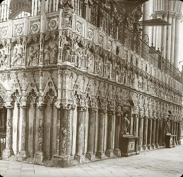 Catedral hacia 1905 fotografiado por Alois Beer. Fotografía editada y publicada por E. Mazo para linterna mágica MTFFD026493_P