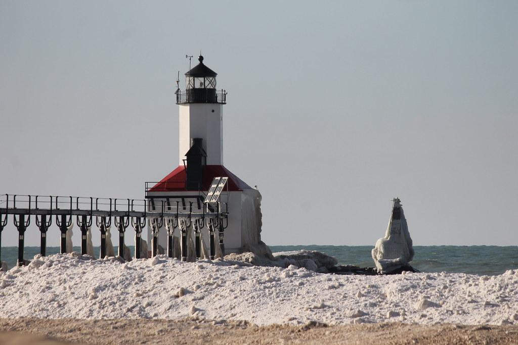 Michigan City Pier Lighthouse Michigan City Indiana F Flickr