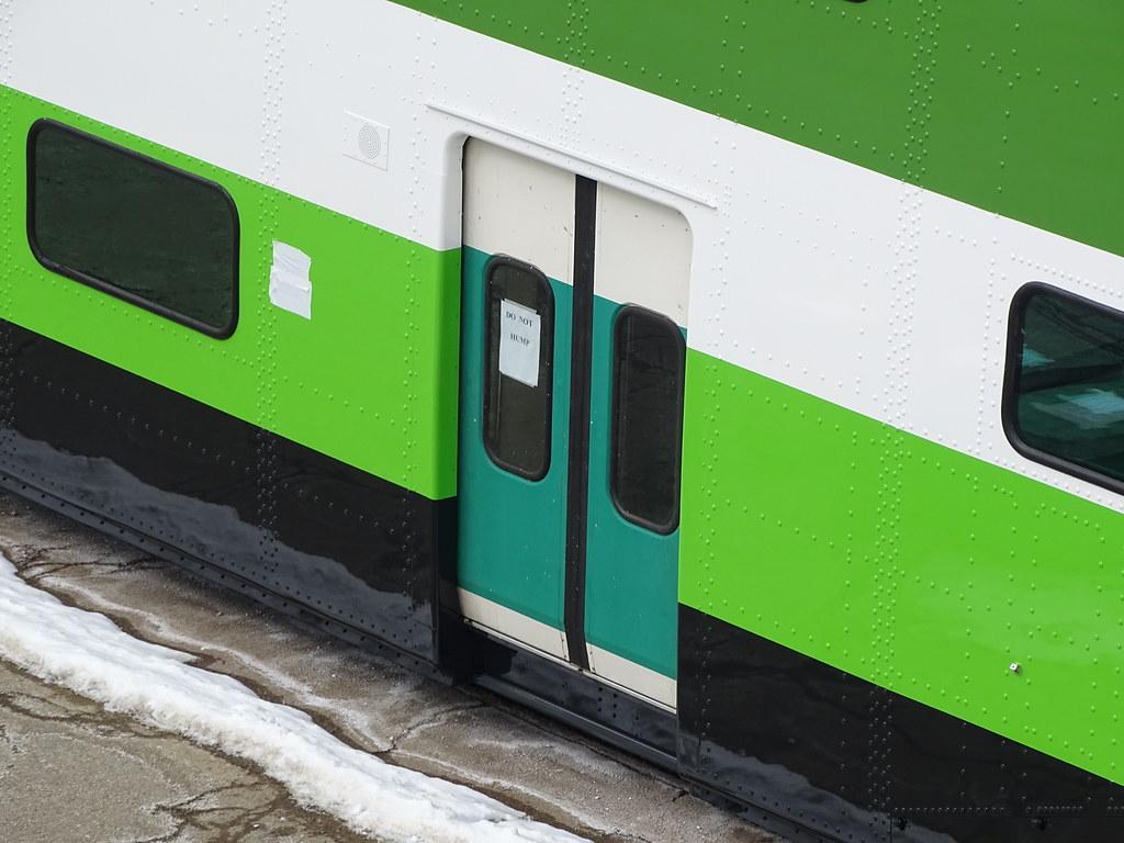 GO Transit BiLevel Series V 2450 Repainted To New Color Sc… | Flickr