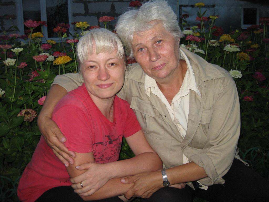 Маркина Анна Сергеевна с племянницей Куровой (Маркиной) Еленой Николаевной