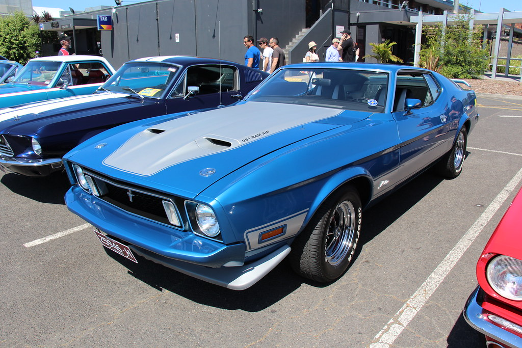 1973 Ford Mustang Mach 1 Sportsroof Blue Glow Fords