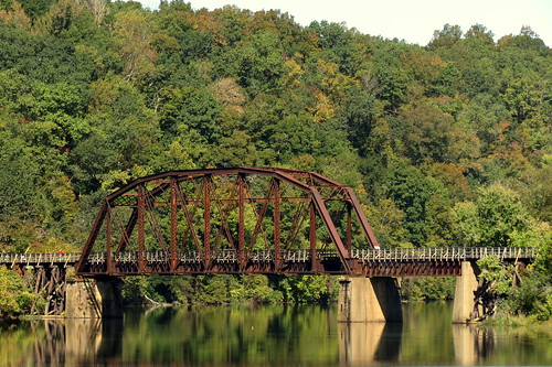 Cheatham County Bicentennial Trail Bridge (Road View)