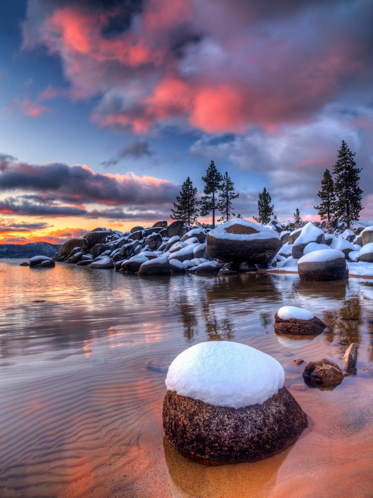 First Snowy Lake Tahoe Sunset of the Year | There really ...
