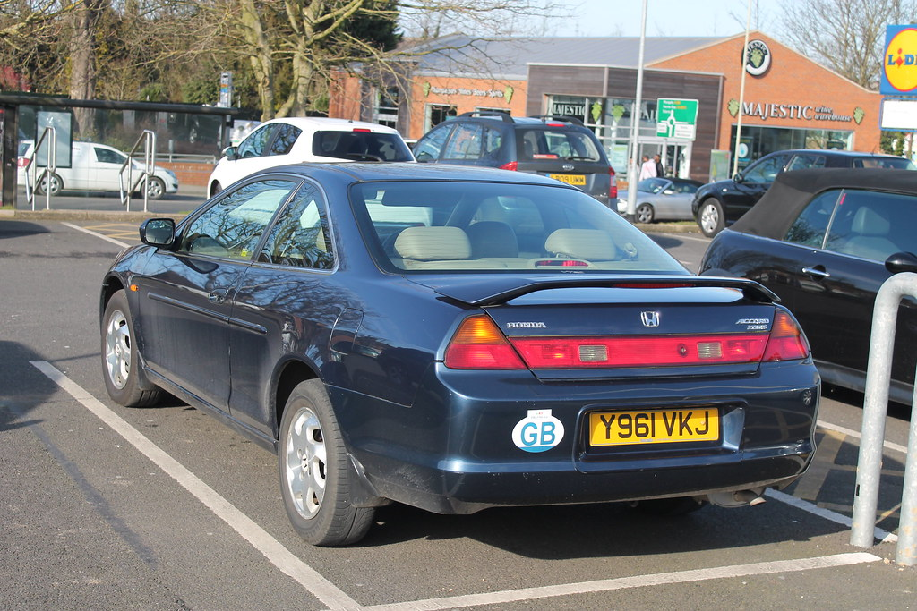 ... 2001 Honda Accord Coupe 2.0i ES Auto | By Charlie Cars