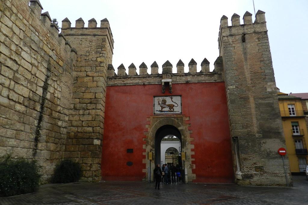 Puerta del leon real alcazar sevilla 04 en - Puertas uniarte sevilla ...