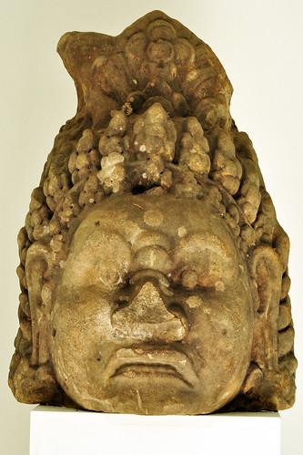 Museum Insel Hombroich bei Neuss (NRW) ... Khmer-Skulpturen in der Orangerie - Fotos und Collage: Brigitte Stolle 2016