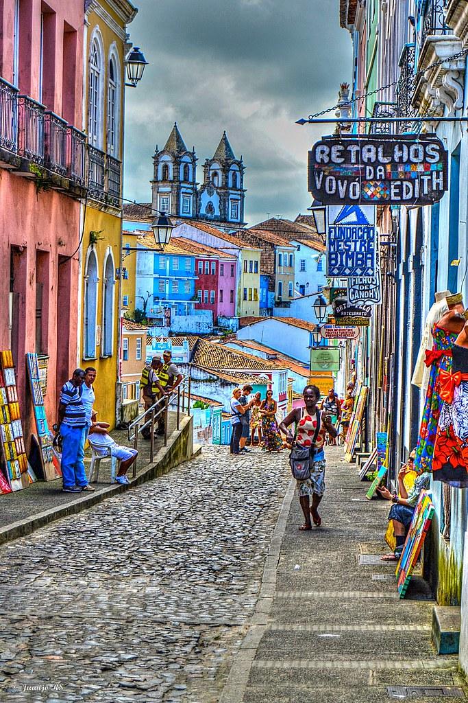 Caminando por el Pelourinho (Salvador) Pelourinho es un ba… Flickr