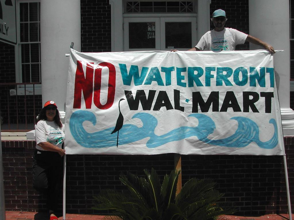 《沃爾瑪:低價的代價》劇照。圖片來源:輝洪開發股份有限公司。