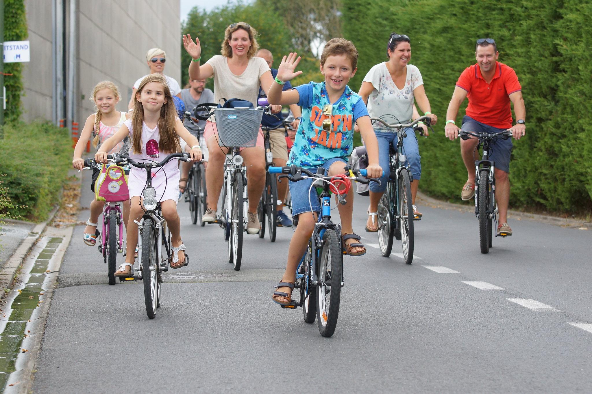 West-Vlaanderens Mooiste, fietsen op zondag