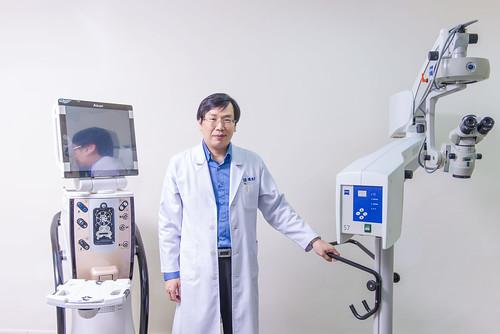 高雄推薦眼科診所_白內障手術後遺症,陳征宇醫師:設備與技術決定一切! (39)