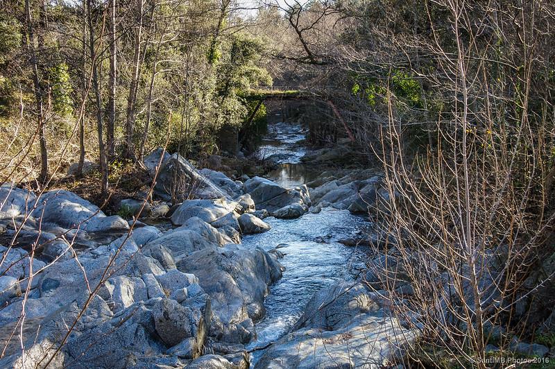 El puente de La Farga desde la presa