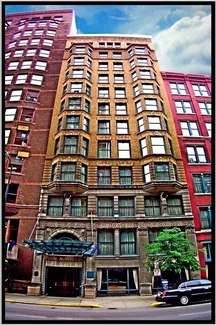 Chicago il wyndham blake hotel morton building for The blake hotel chicago