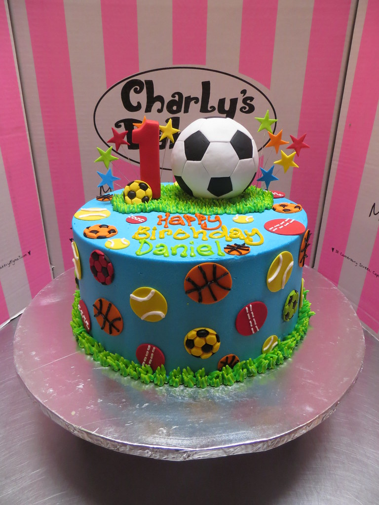 Cake Arch Balloon Design : Sports themed birthday cake with a 3D fondant soccer ball ...