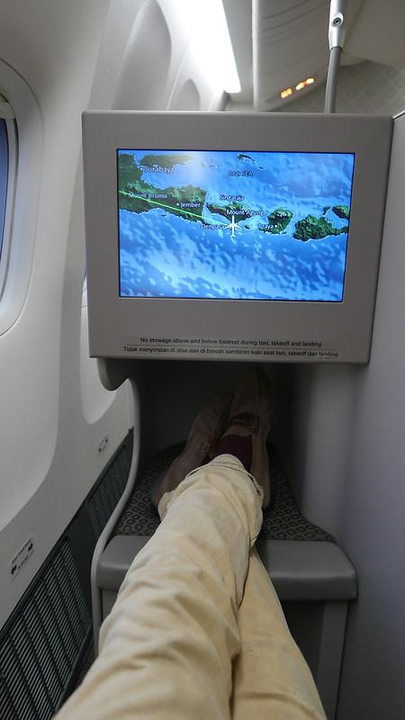 28337171912 453424005e c - REVIEW - Garuda Indonesia : Business Class - Bali to Jakarta (B77W)