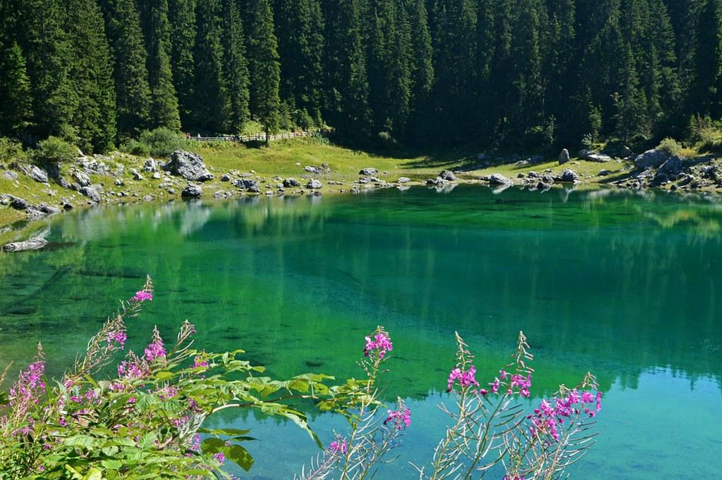 La leggenda della ninfa del lago di carezza molti anni for Planimetrie della cabina del lago