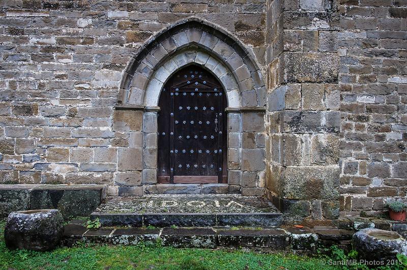 Puerta de la ermita de Idoia