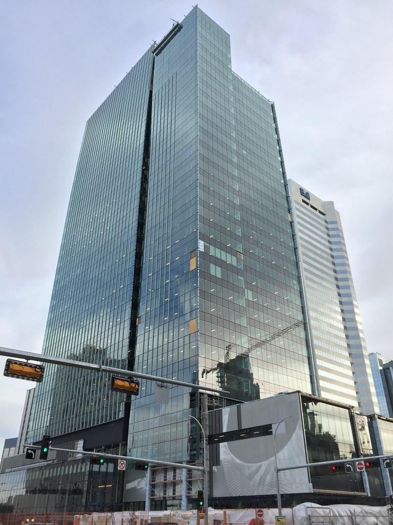 Edmonton: 129.9 M, 426', 29 Floors