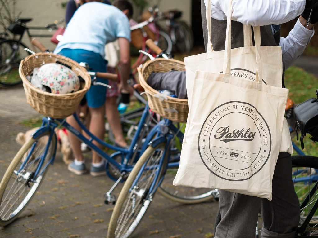 pashley-cycles-picnic-ride-bags