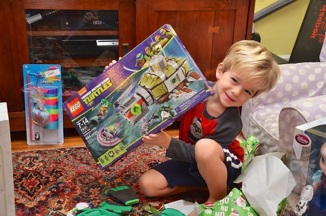 Everett And His New Teenage Mutant Ninja Turtles Lego Set Flickr Photo Sharing