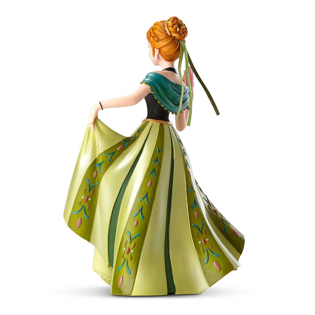 Anna 39 39 couture de force 39 39 figure us disney store product for Couture de force elsa