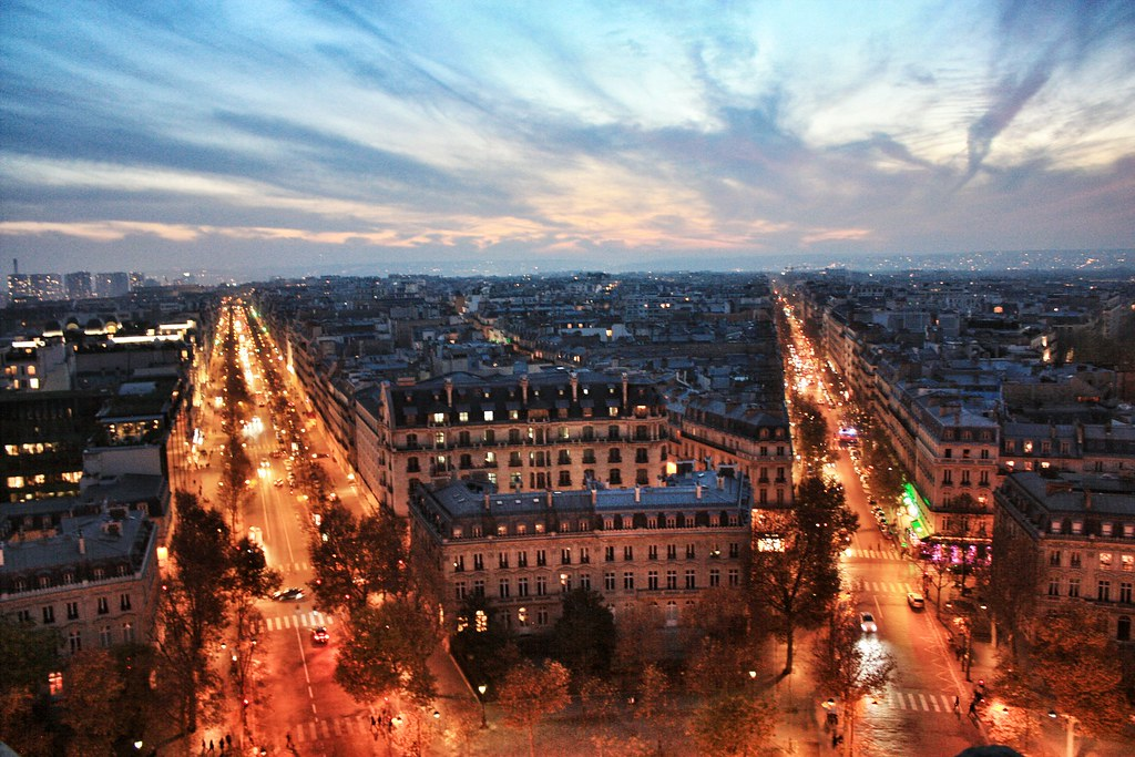 Views from L'arc de Triomphe of Paris, Paris in 24 hours guide
