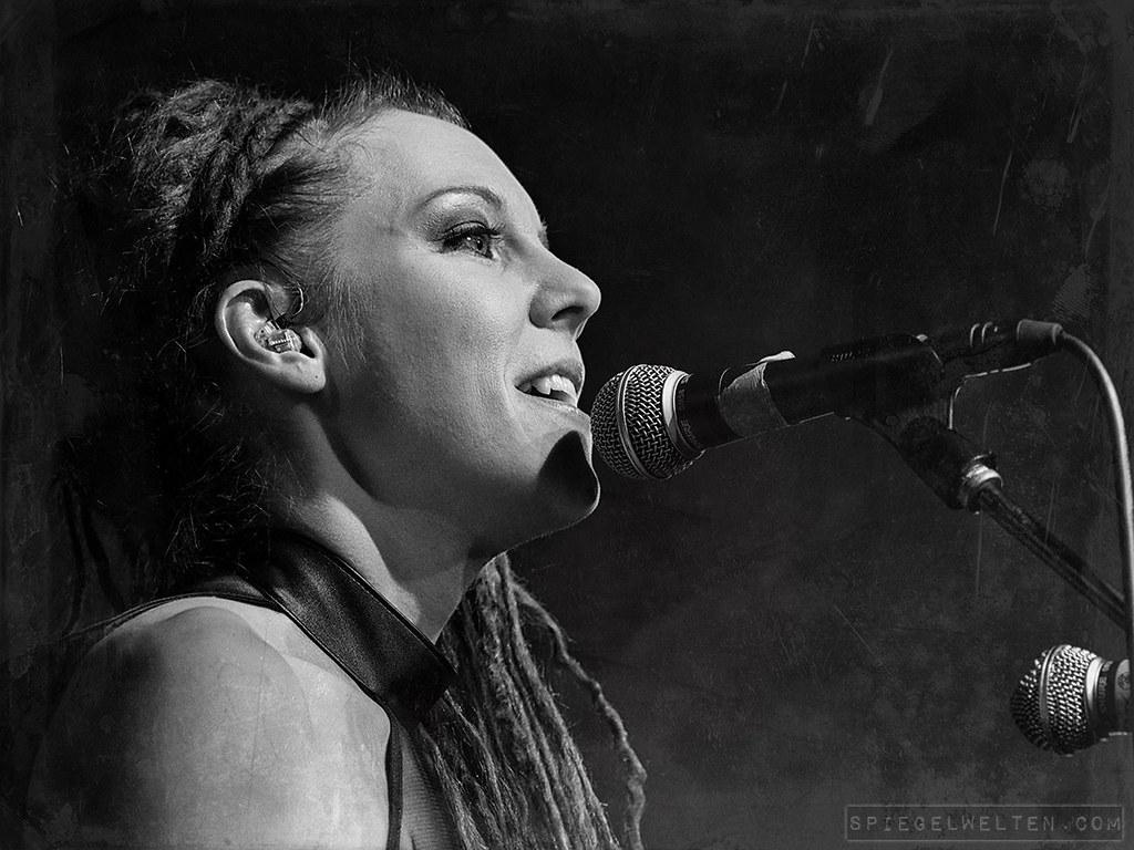 ~ Maria Franz / Euzen ~ | Euzen live at Colos-Saal