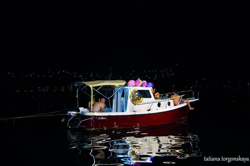 Лодка-буксир