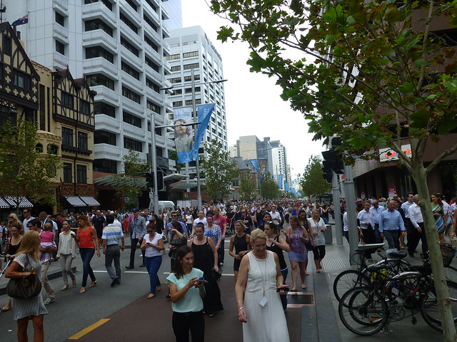 Post giants crowds in st georges terrace flickr photo for 100 st georges terrace perth wa