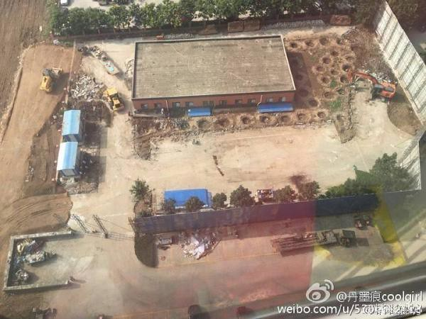Hebei Yanjiao residential property building junkyard owner rights, block roads and ten owners arrested