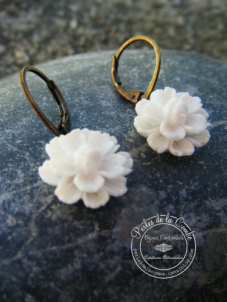 Bo Fleurs Resine Creation Perles De La Combe Perles De La Combe