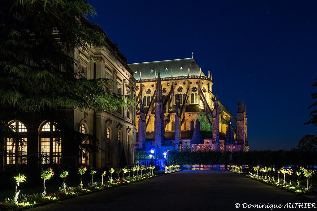 La cath drale saint etienne de bourges nuits lumi re - Luminaire st etienne ...