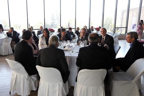 Ministra asiste a almuerzo en honor al economista franc s for Almuerzo en frances
