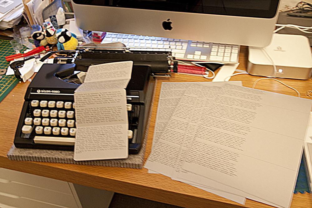 Silver-Reed Silverette Typewriter