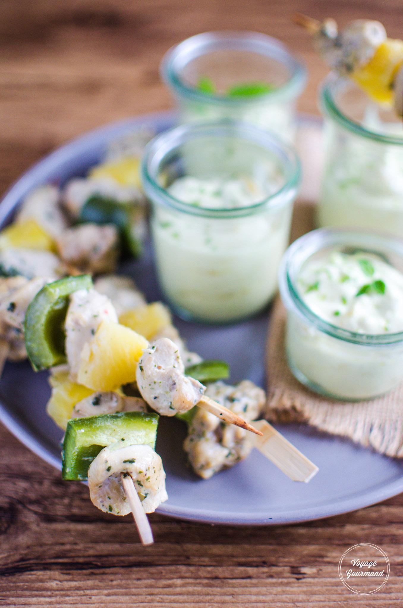 Brochettes de poulet coco-citron vert