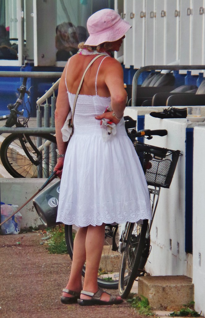 Hastings Seafront - July 2014 - Summer Dress Candid | Flickr